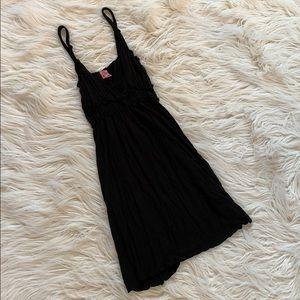 strappy little black summer dress sz. Large